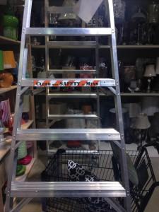 ladder-safety-sign